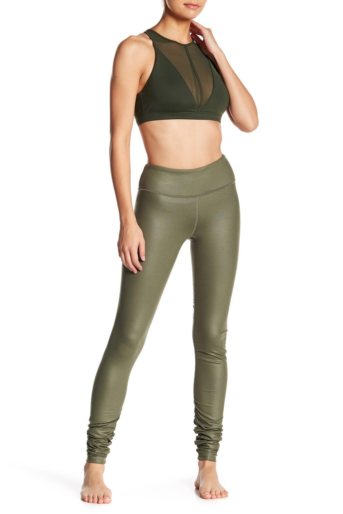 e44964f494 Alo Yoga Idol Ruched Leggings in Green - Lyst