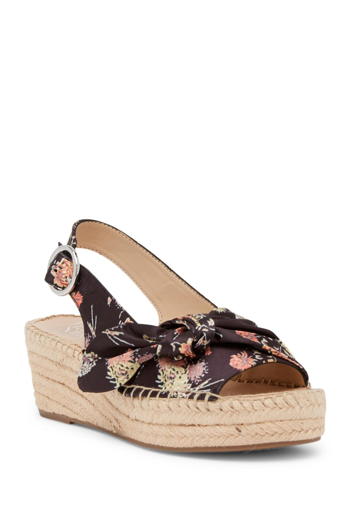 15781821d64f Gallery. Previously sold at  Nordstrom Rack · Women s Hidden Wedges ...
