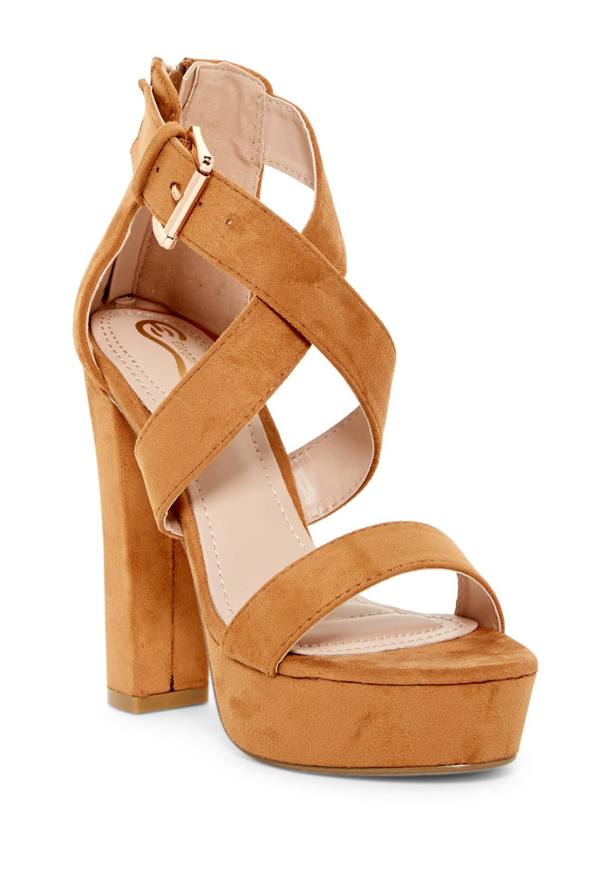 Elegant Footwear Gabriela Platform Sandal 4lQAmR