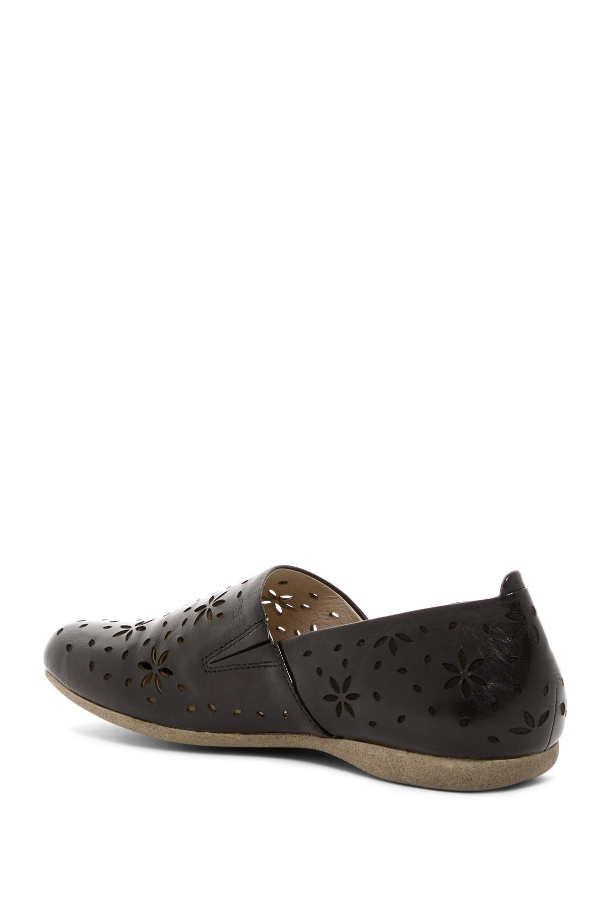 d3368c15b148b Josef seibel Fiona 31 Leather Flat in Black