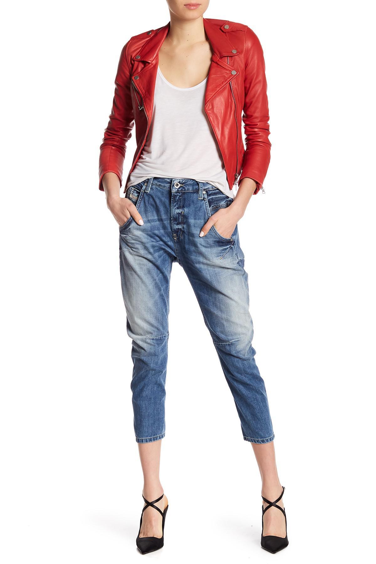 lyst diesel fayza relaxed boyfriend jeans in blue. Black Bedroom Furniture Sets. Home Design Ideas