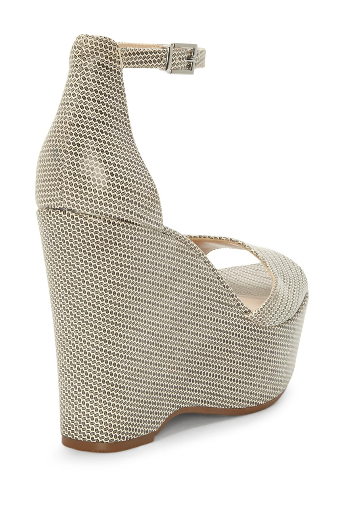 19bf103bf2a6 Vince Camuto - Multicolor Tatchen Ankle Strap Platform Sandal - Lyst. View  fullscreen