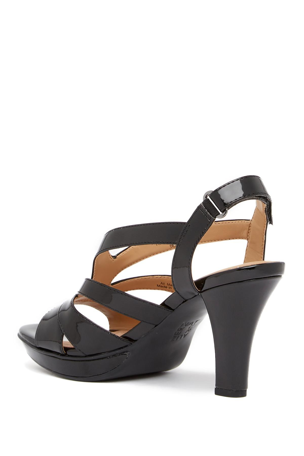 Naturalizer Delfinia Leather Heel Sandal - Wide Width Available GW70wbDJFq