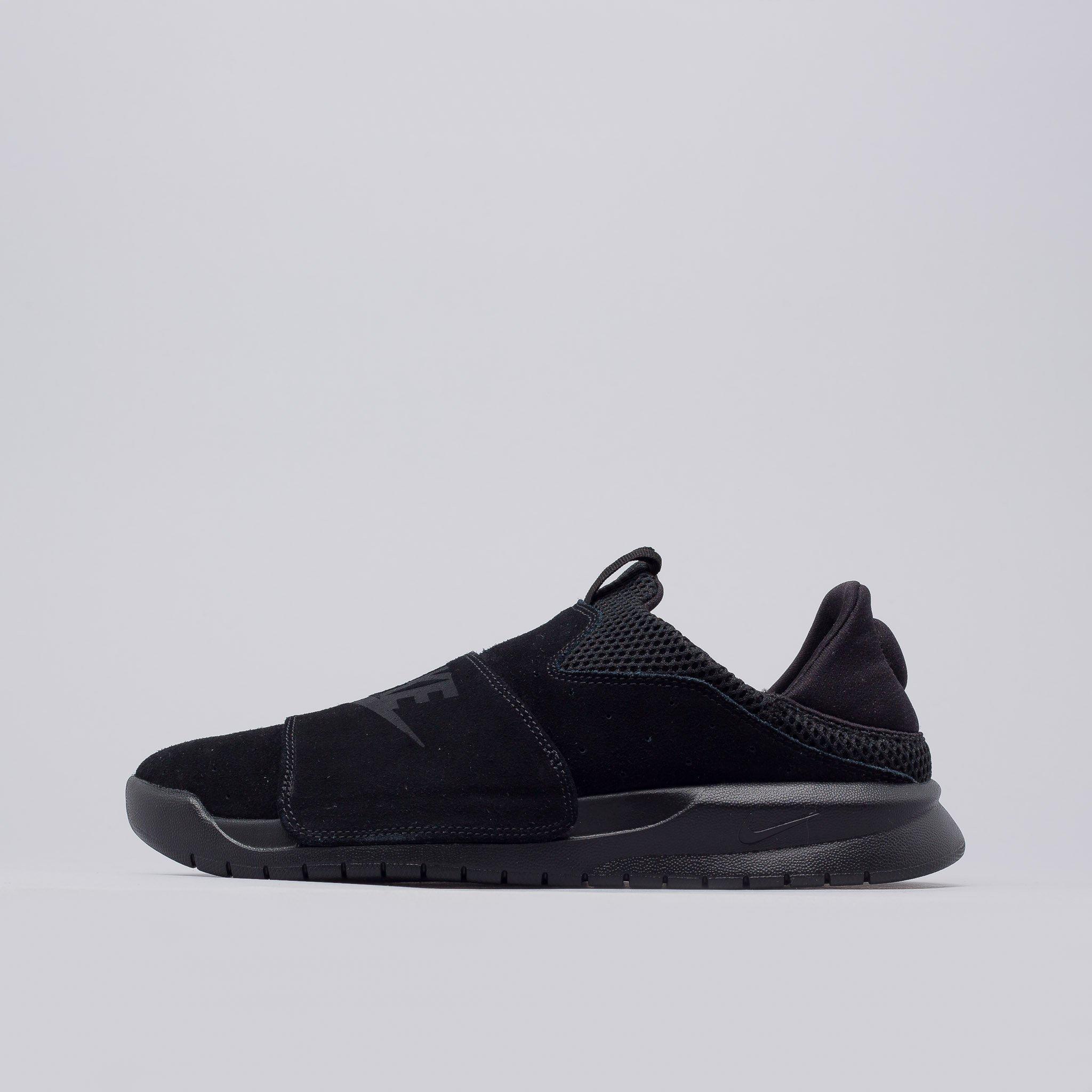 dab86bf03d9 Lyst - Nike Benassi Slip On In Core Black in Black for Men