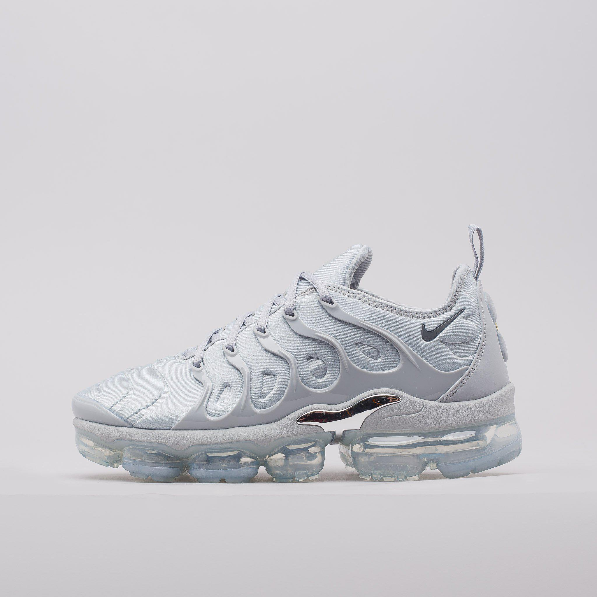 Lyst - Nike Air Vapormax Plus In Wolf Grey in Gray for Men 07c13fafb