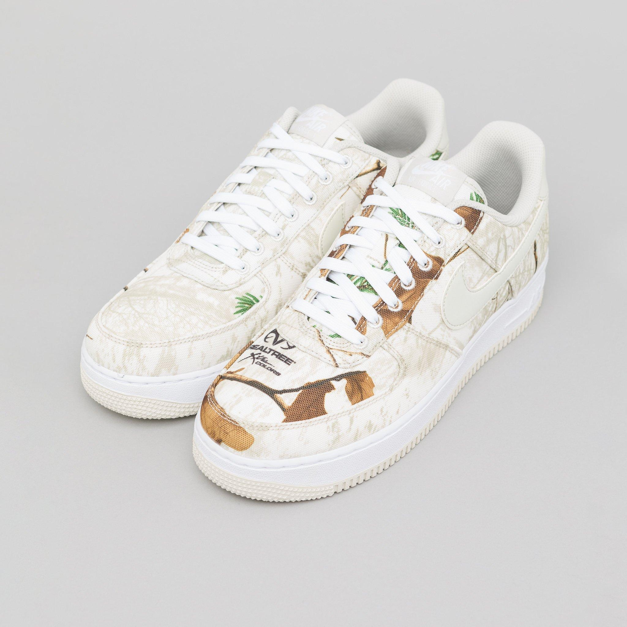 promo code 13397 b9008 Nike Air Force 1 07 Lv8 3 In White light Bone in White for Men - Lyst