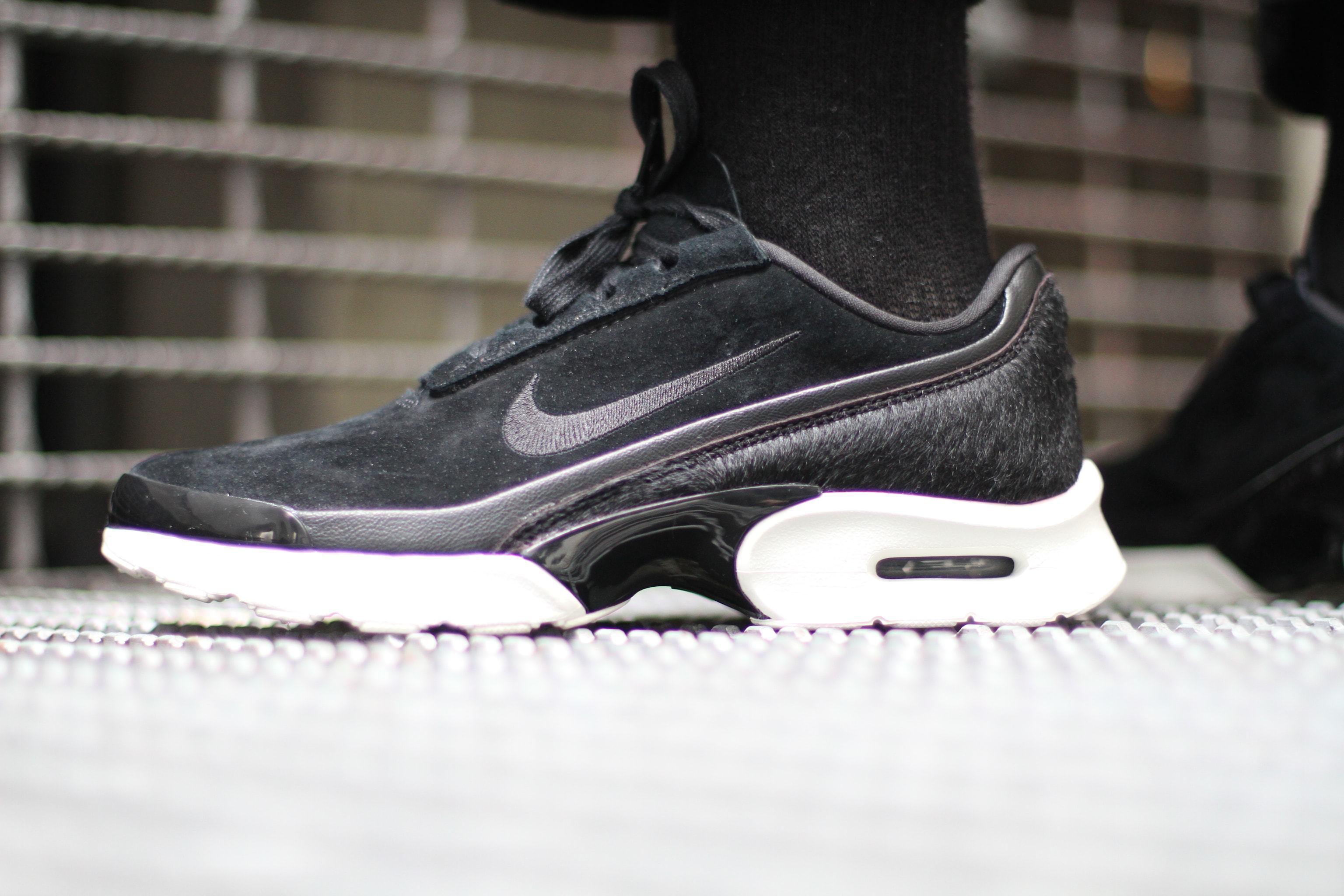 e53802f618 Nike Air Max Jewell Lx