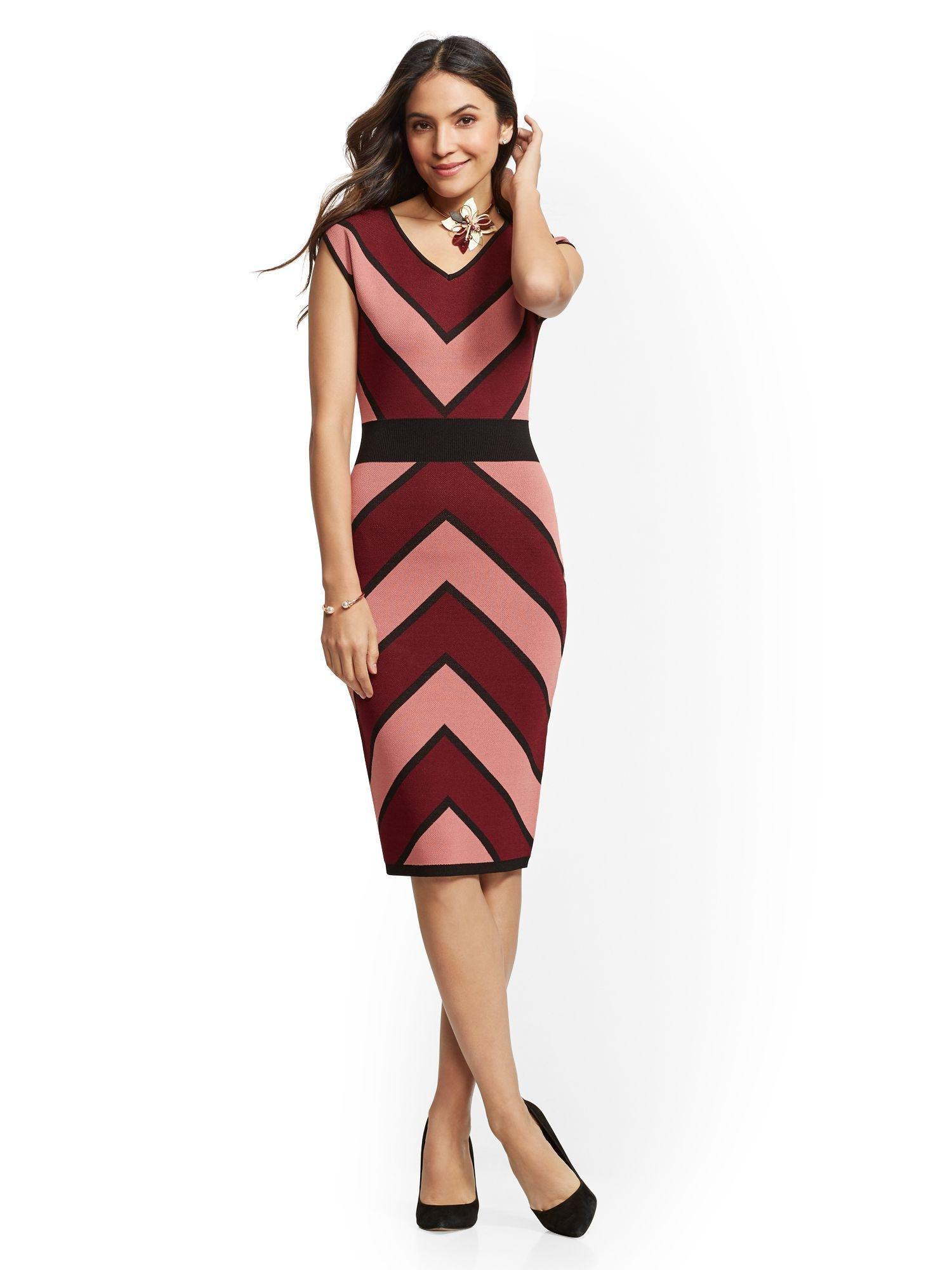c3576f1ef0b Lyst - New York   Company Chevron-stripe Sheath Sweater Dress in Red ...