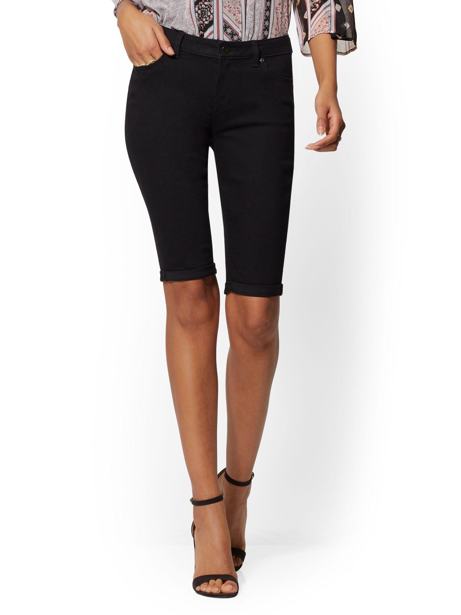 b85c9aa06b New York   Company. Women s Curvy 13 Inch Bermuda Short - Black - Soho Jeans