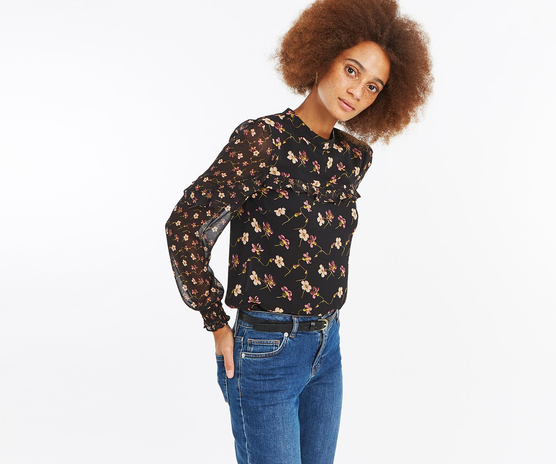 cf58c5c87462 Oasis Frieda Floral Patched Top in Black - Lyst