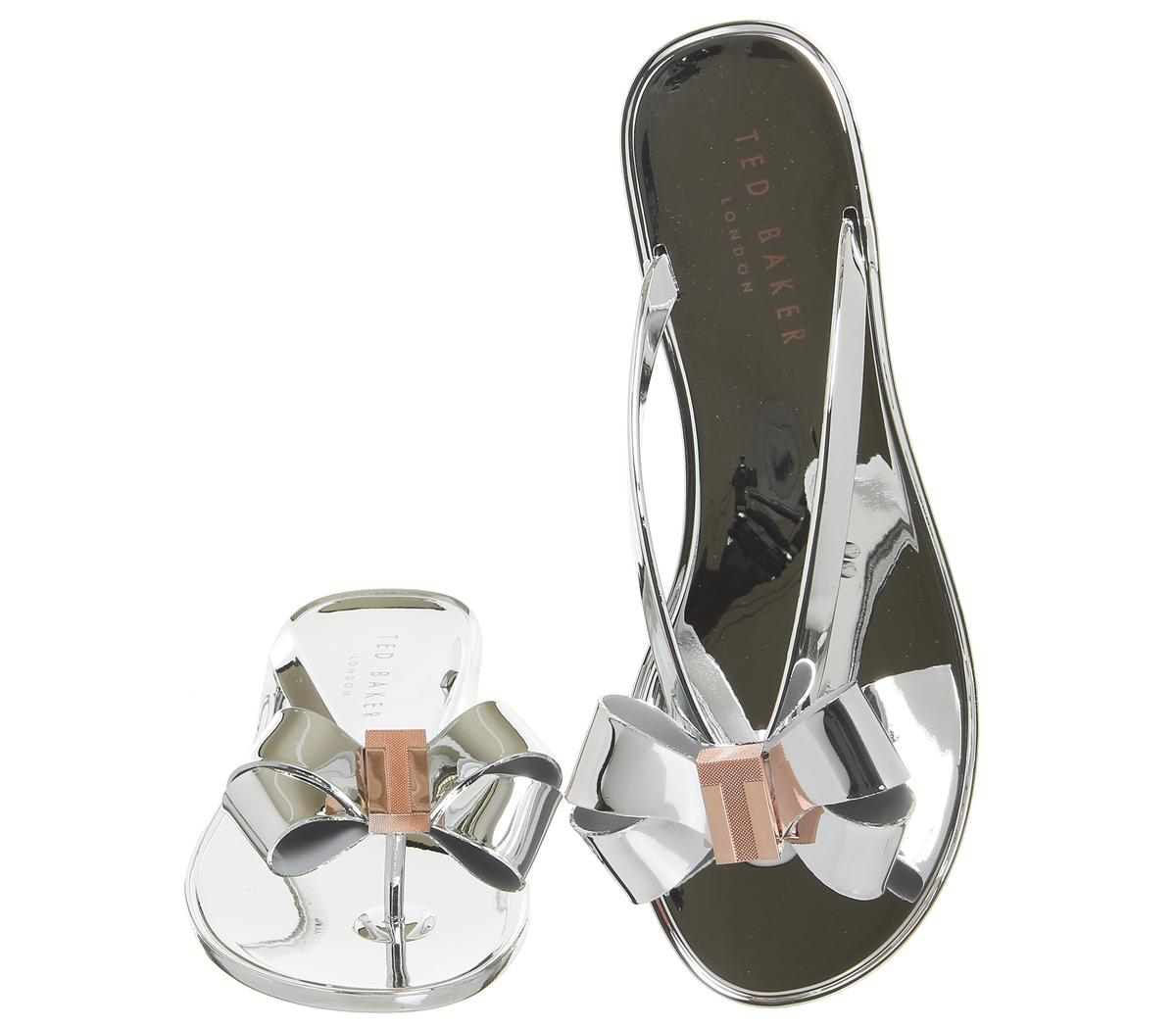 62d45afcc Lyst - Ted Baker Glamari Flip Flops in Metallic