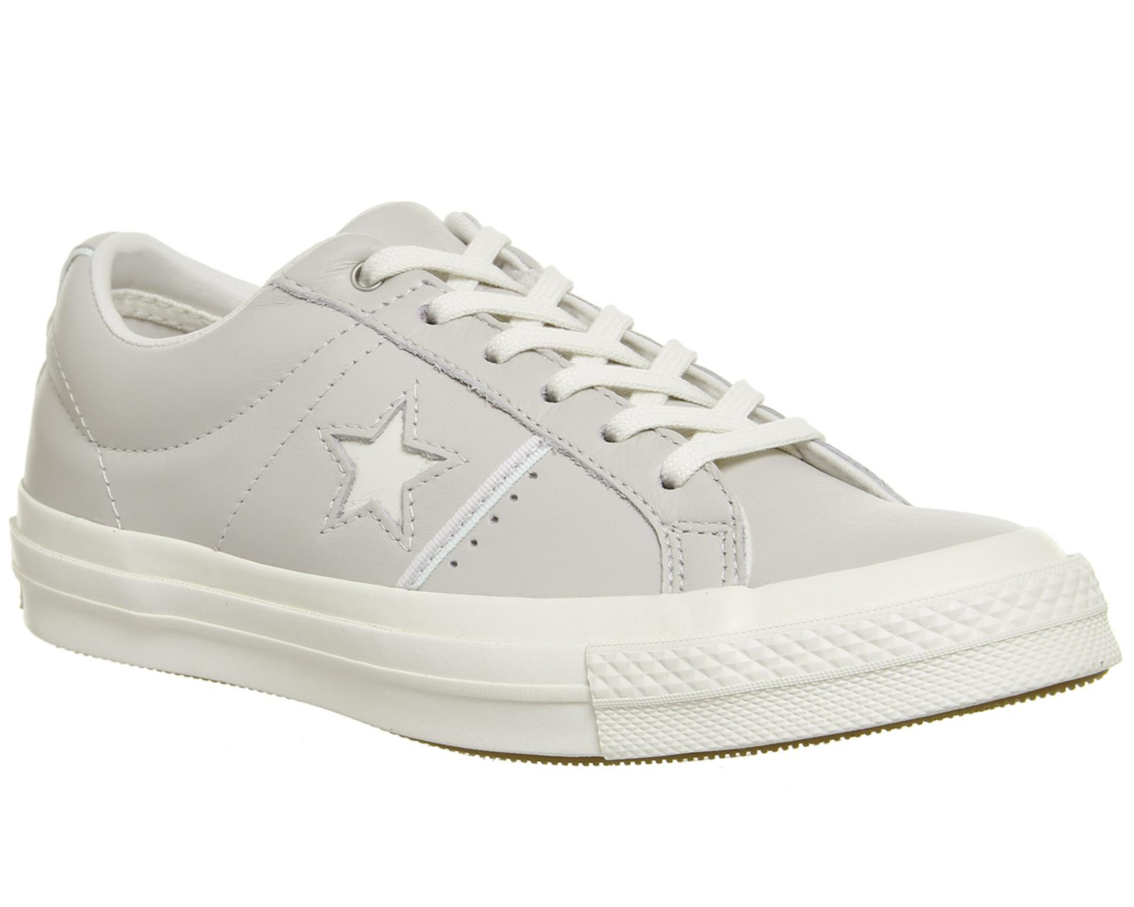 fe3d91addeb2 Lyst - Converse One Star Trainers