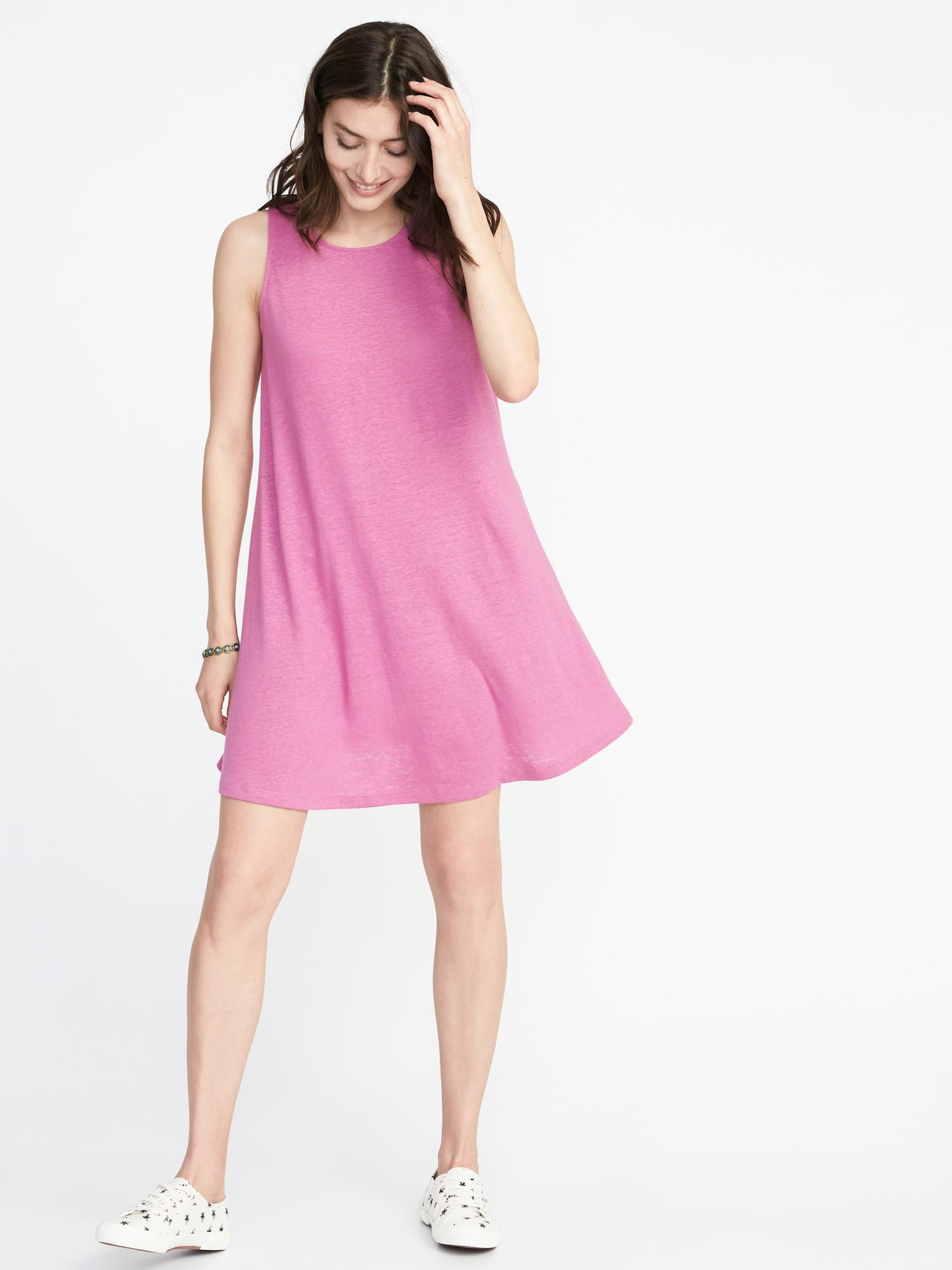 9b3b21eb8b Gallery. Previously sold at  Old Navy · Women s Swing Dresses ...