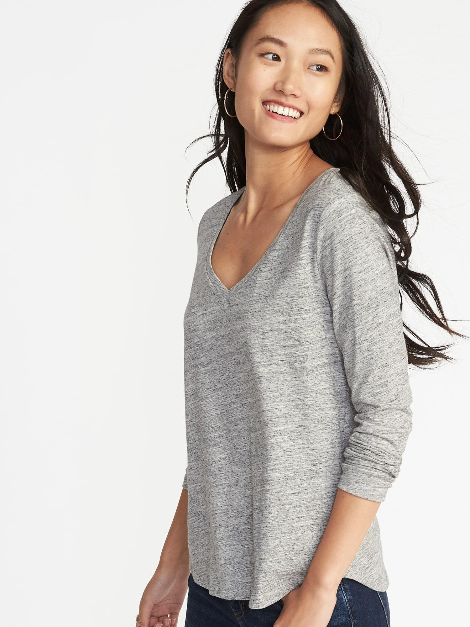 c50562bc798413 Lyst - Old Navy Everywear V-neck Tee in Gray