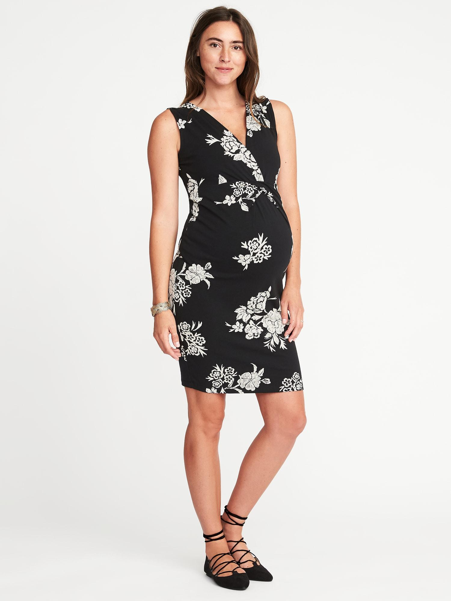 a5e5f522221 Lyst - Old Navy Maternity Sleeveless Cross-front Bodycon Dress in Black