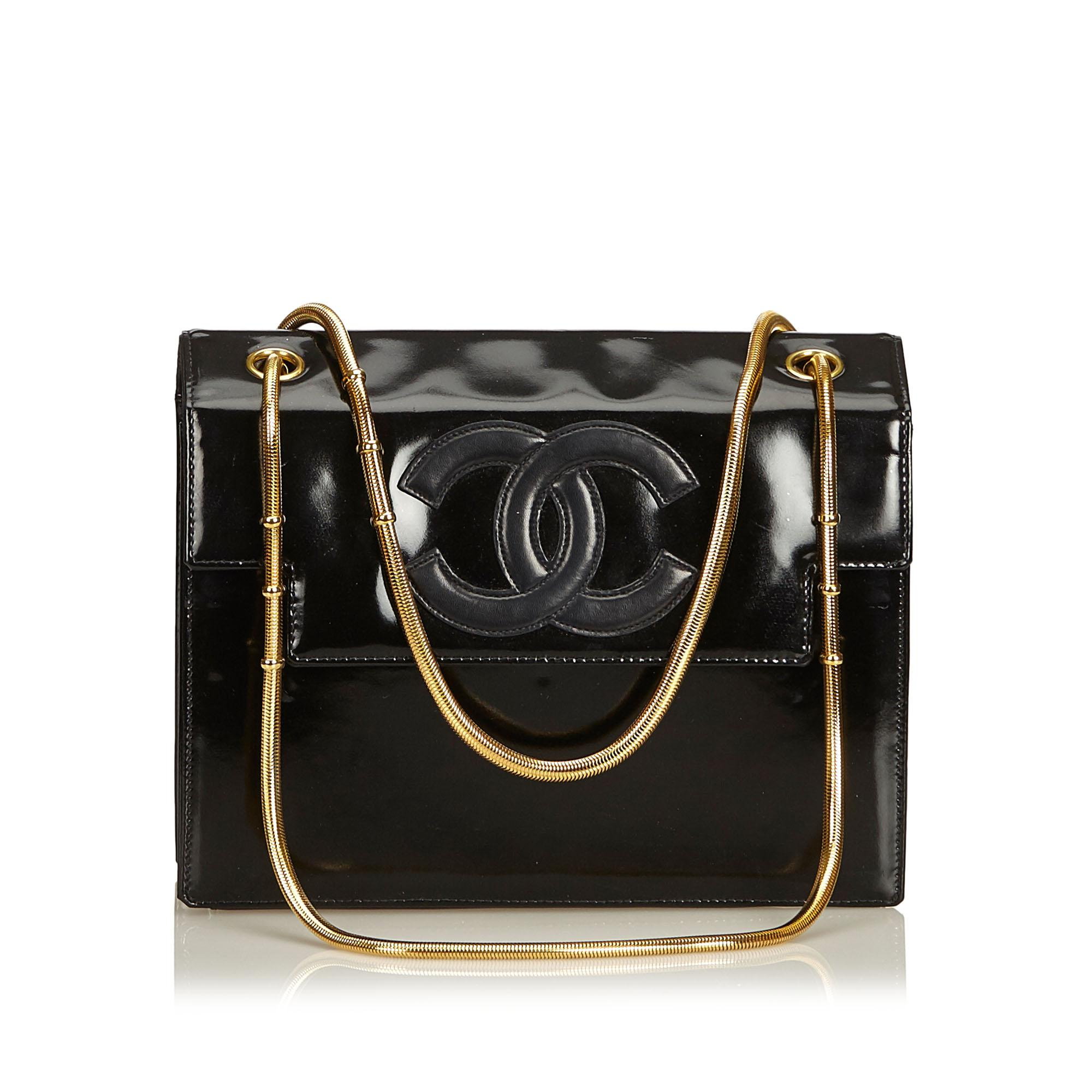 3ffe51435dbd Lyst - Chanel Snake Chain Patent Leather Shoulder Bag in Black