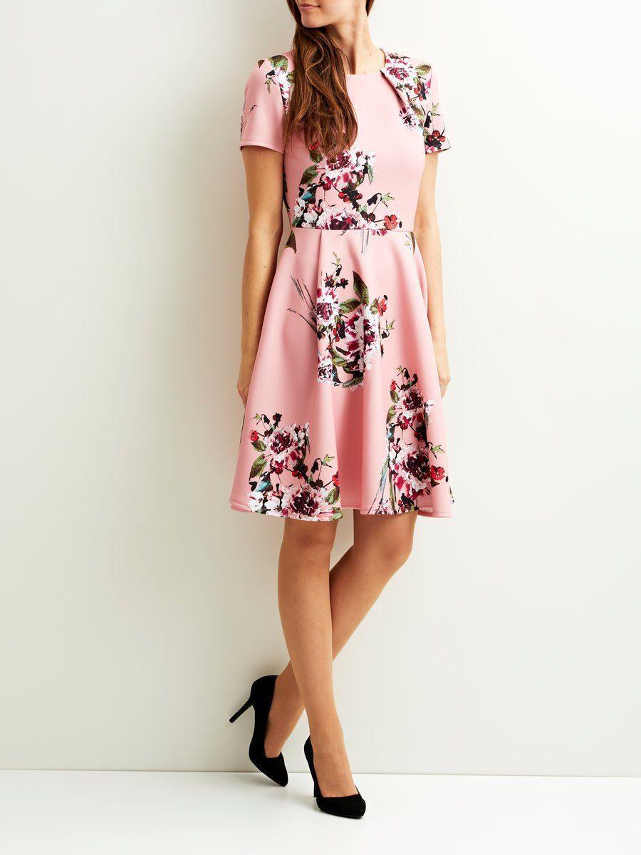 aff2566d19e6 Lyst - Vila Blumenmuster Kleid mit kurzen Ärmeln in Pink