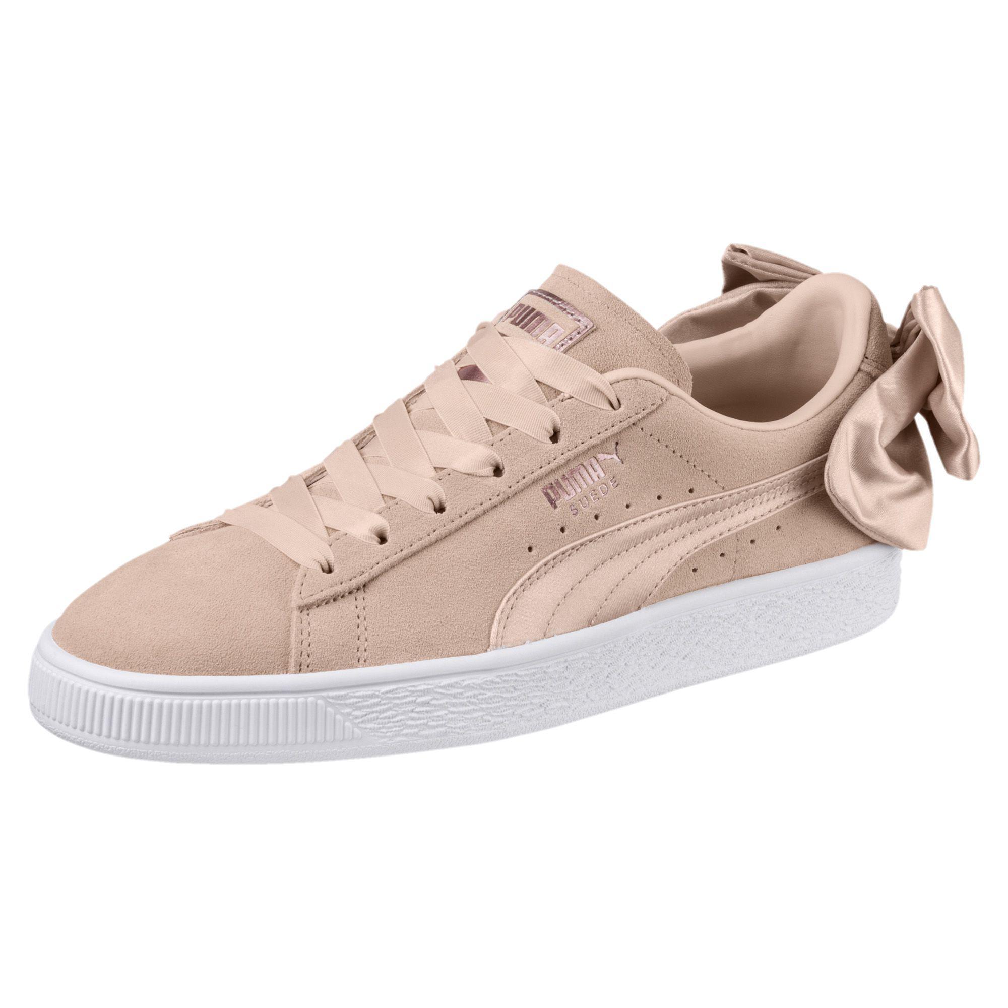 e5c89e666f61 Lyst - PUMA Suede Bow Valentine Women s Sneakers