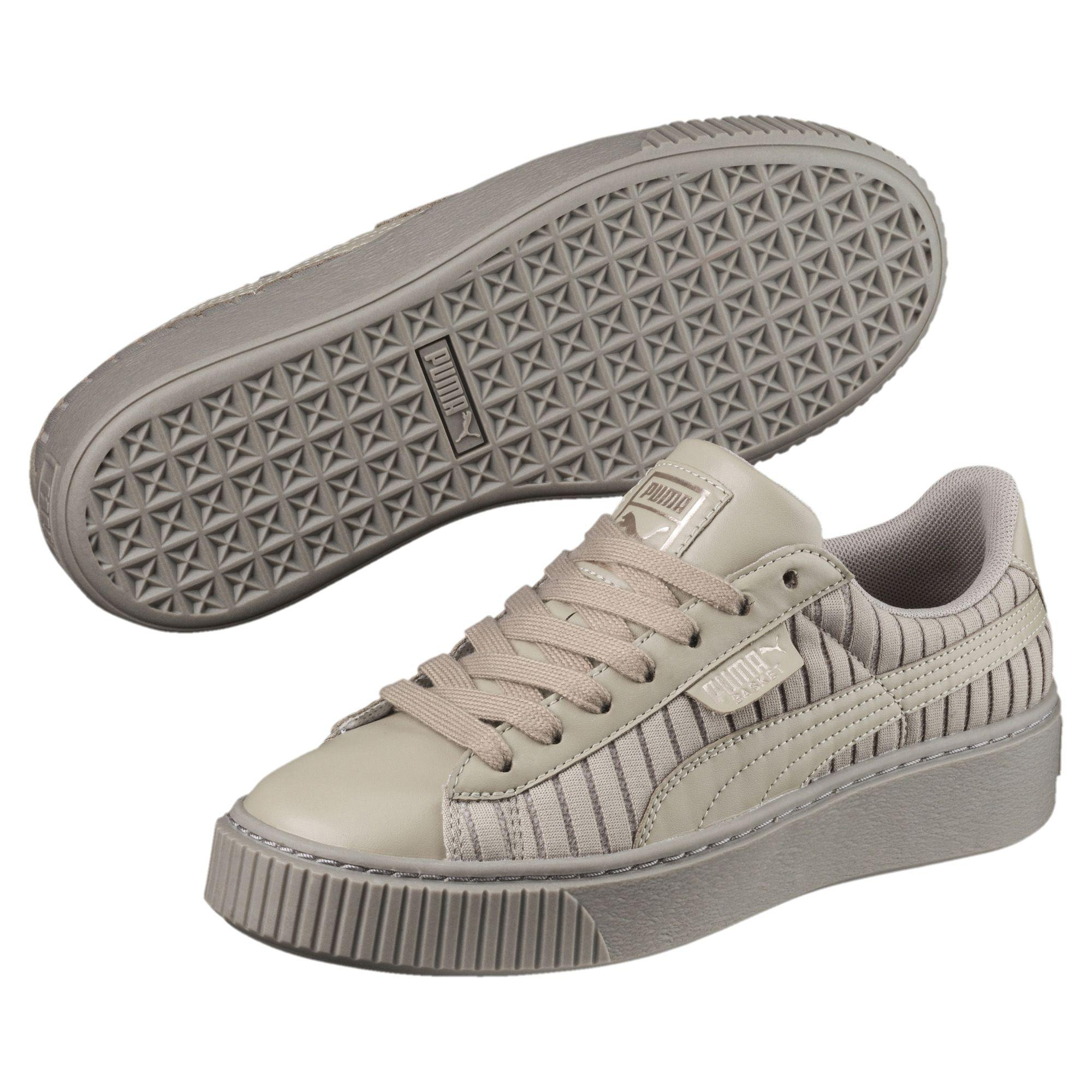 a3424eb6513a9a Lyst - PUMA Basket Platform En Pointe Women s Sneakers in Gray