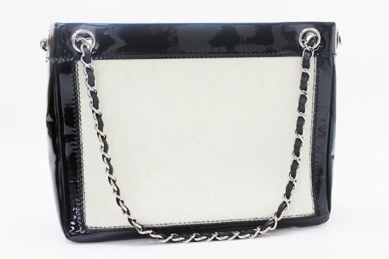 b34f50349db93e Gallery. Previously sold at: Reebonz · Women's Black Patent Leather Handbags