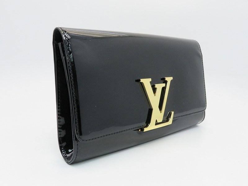 07534e757360 Lyst - Louis Vuitton Patent Leather Louise Ew Clutch Bag Black ...