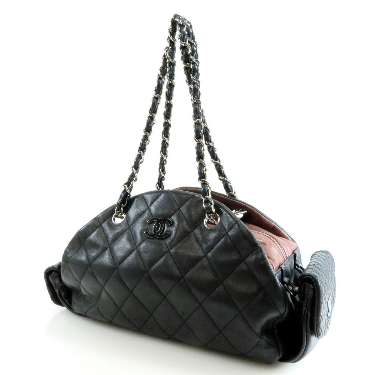 518e425b6dc21c Lyst - Chanel Lambskin Tote Bag Matelasse Coco Mark in Black