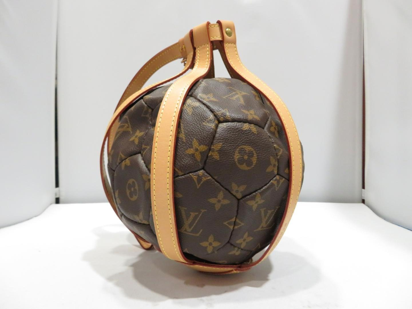 d85eb9024c5d Lyst - Louis Vuitton Soccer Ball World Cup Limited 1998 France ...