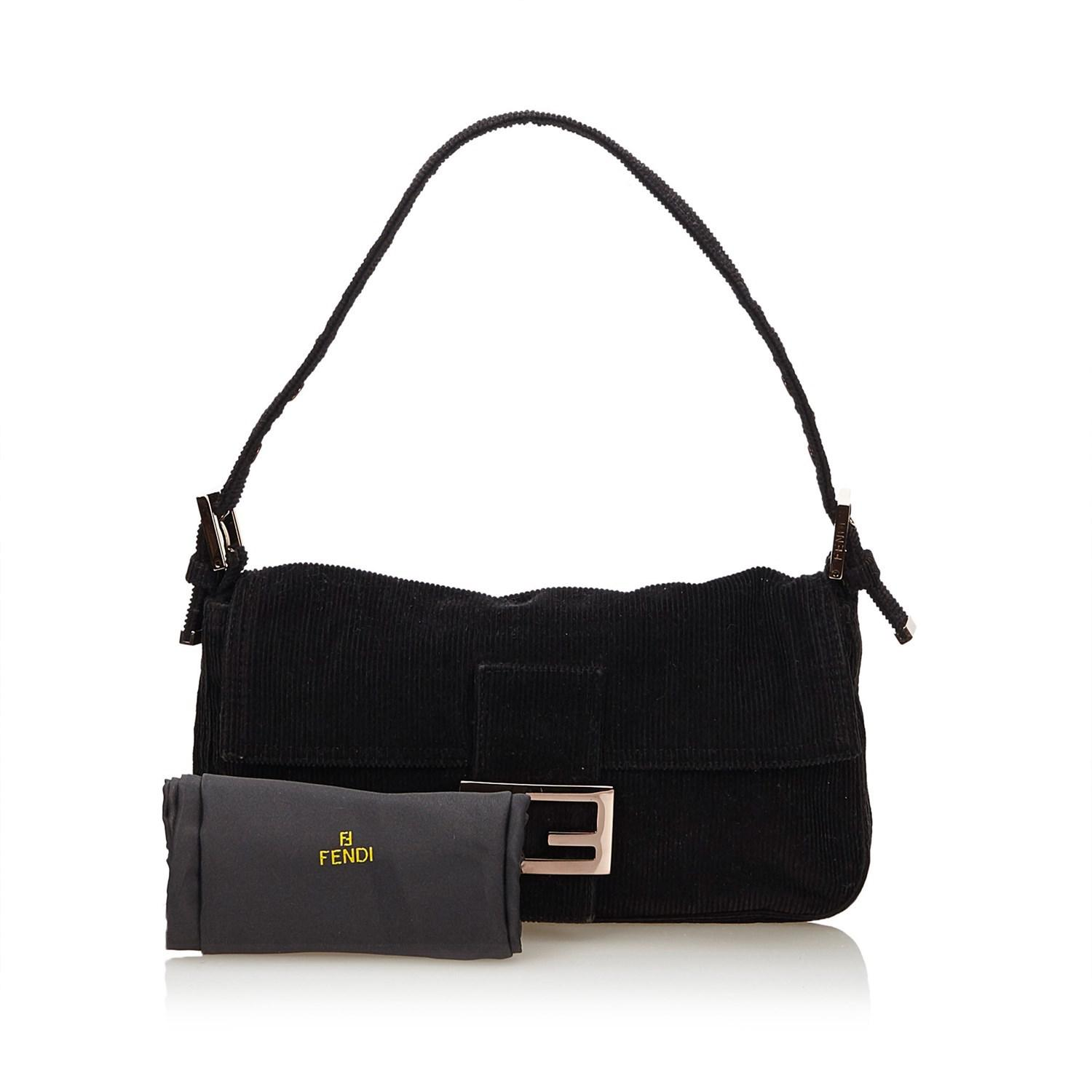 acffb32cb4 Gallery. Previously sold at  Reebonz · Women s Fendi Baguette ...