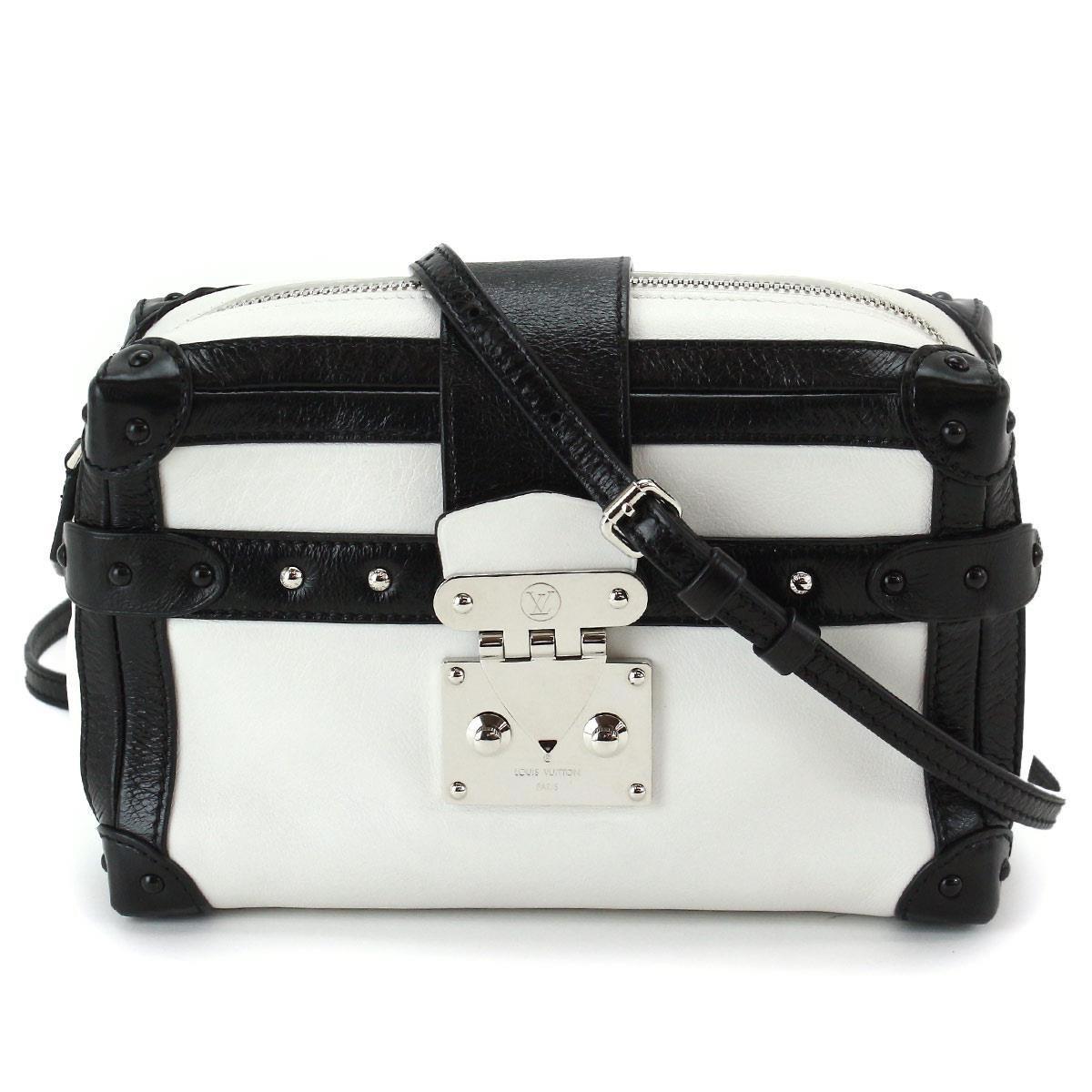 e5d19c94ff8 Gallery. Previously sold at: Reebonz · Women's Box Bags Women's Louis  Vuitton Petite Malle