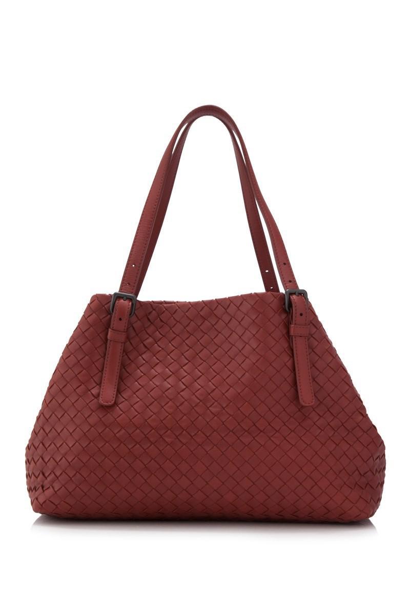 ea3de62fa6a ... Bag Pink  new product 3135f e190f Lyst - Bottega Veneta Pre-owned  Intrecciato Nappa Shopping T ...