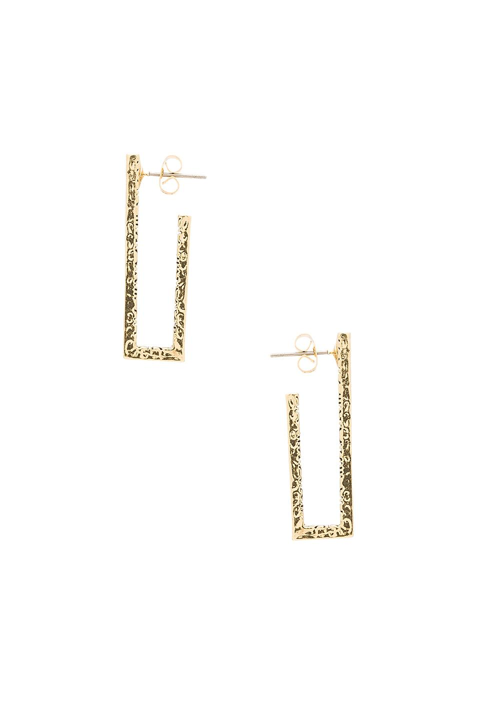 House Of Harlow Scutum Bar Earrings in Metallic Gold 56ptenz