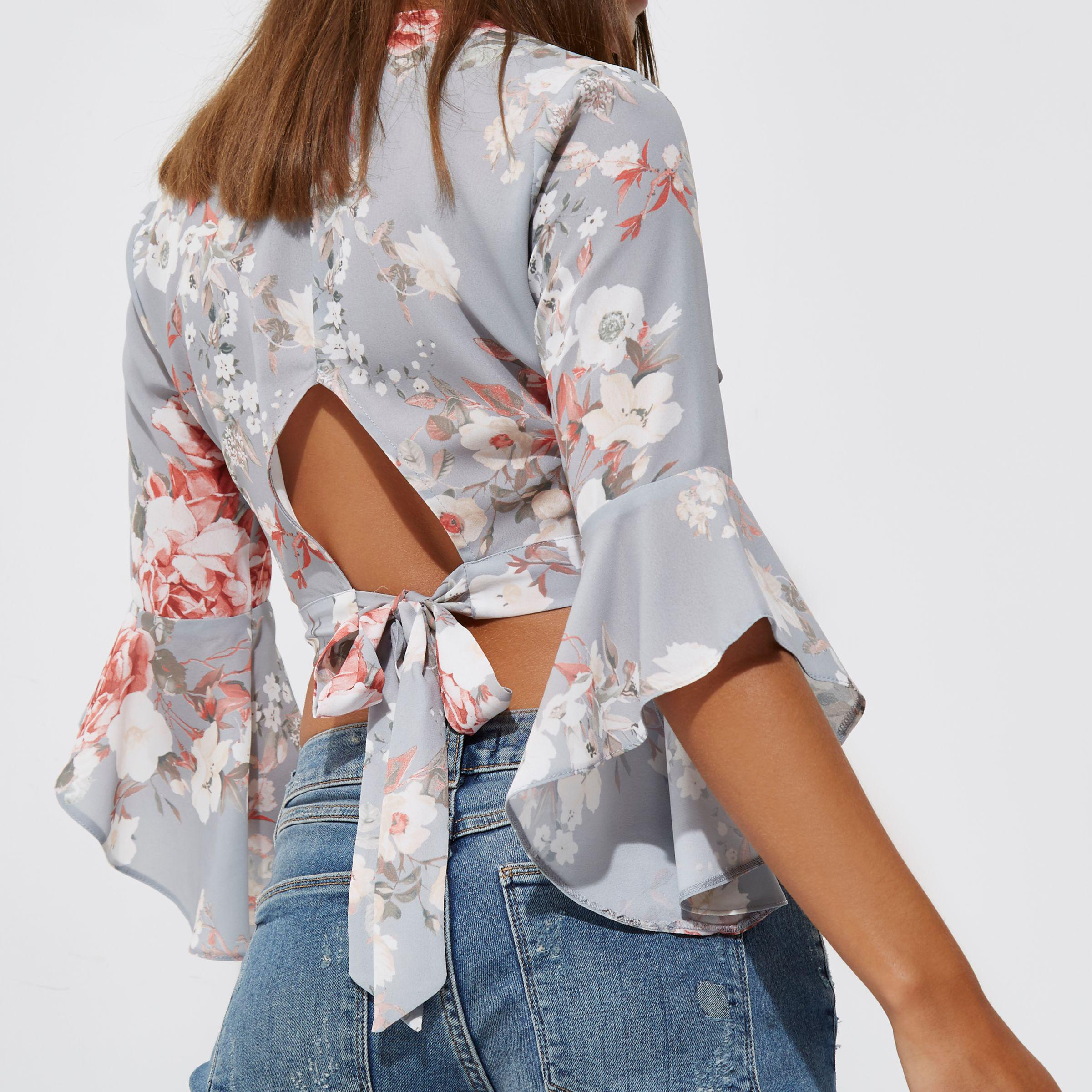 55300f86ad7e4a River Island Blue Floral Print Wrap Frill Sleeve Crop Top in Blue - Lyst