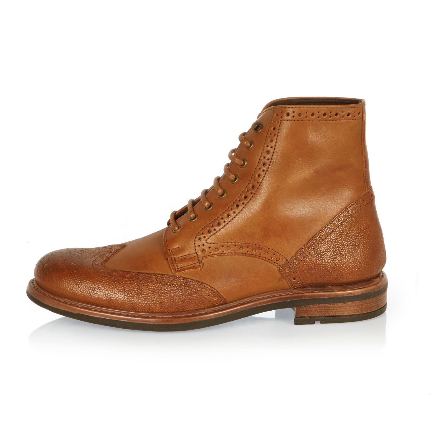 Men's Brogues Put your best foot forward with a pair of carefully crafted, classic brogue shoes. Available in black, brown and tan leather, with decorative punched detailing, lace-up brogue shoes will instantly smarten up your outfit.