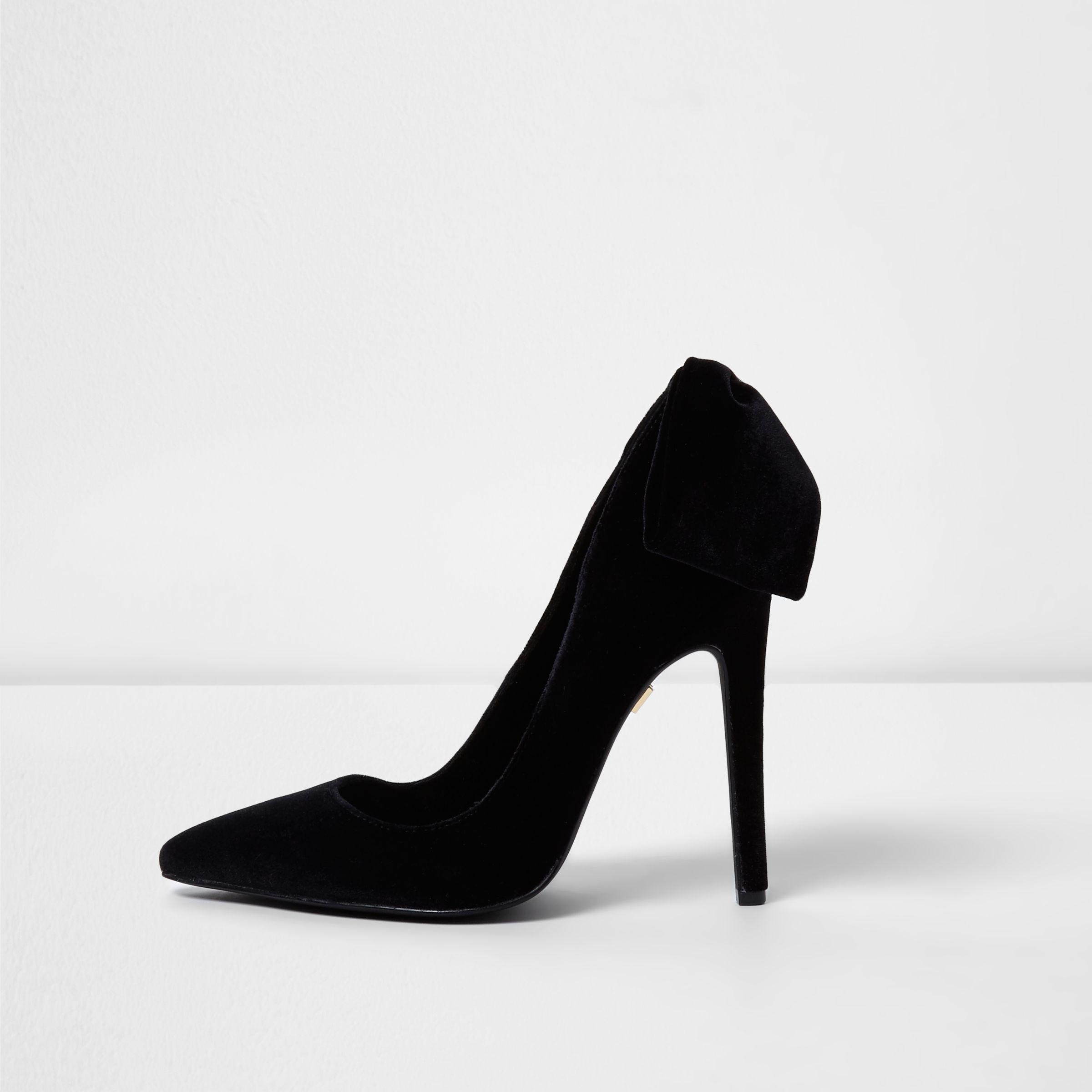 2ae8ec8eac1e River Island Black Velvet Bow Back Court Shoes in Black - Lyst