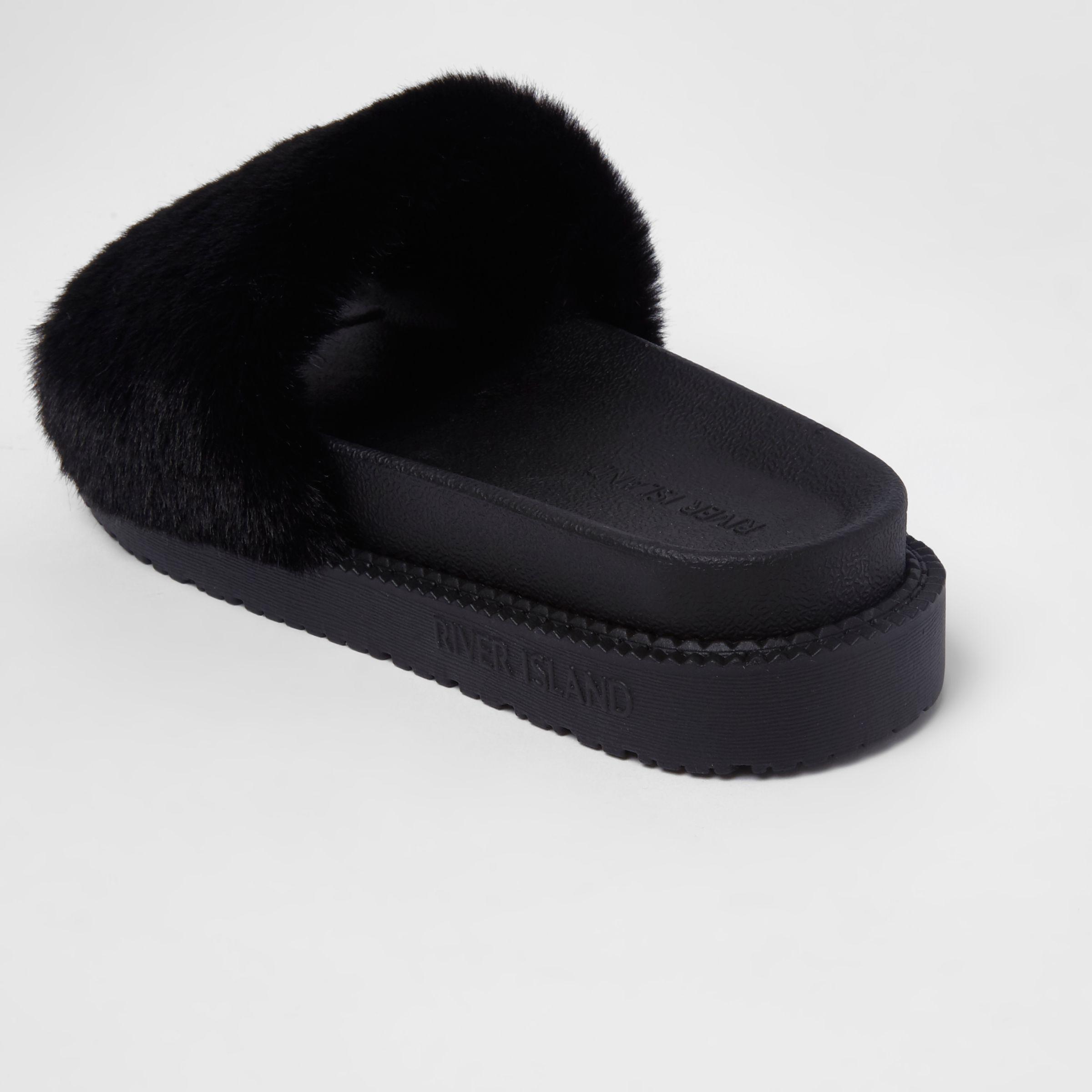 ab4b65f40912 Lyst - River Island Black Faux Fur Sliders in Black