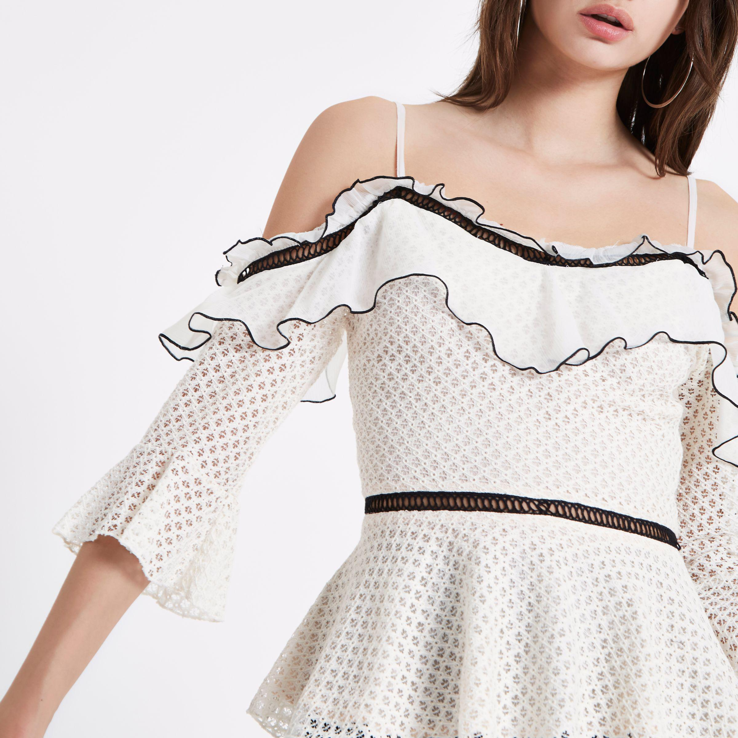 a7ccf20b323ac4 Lyst - River Island Lace Frill Cold Shoulder Peplum Top in Natural