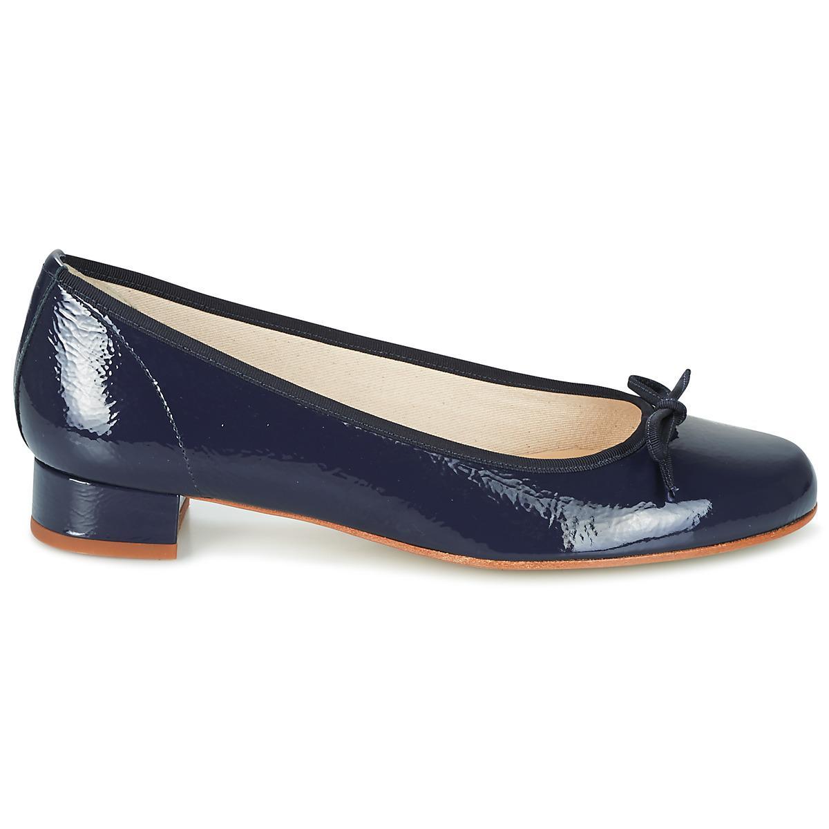 67790b222ff2 Elizabeth Stuart - Blue Josy Shoes (pumps   Ballerinas) - Lyst. View  fullscreen