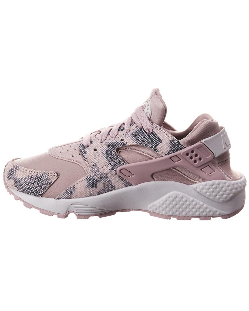 562b02e57d2fb Lyst - Nike Air Huarache Premium Running Shoe in Pink