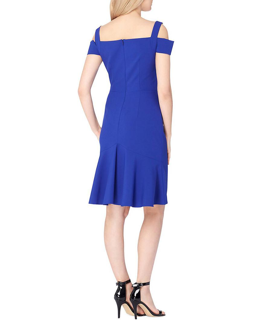 81890e6758ae Tahari Smoot Crepe Cold Shoulder Dress in Blue - Save 66% - Lyst
