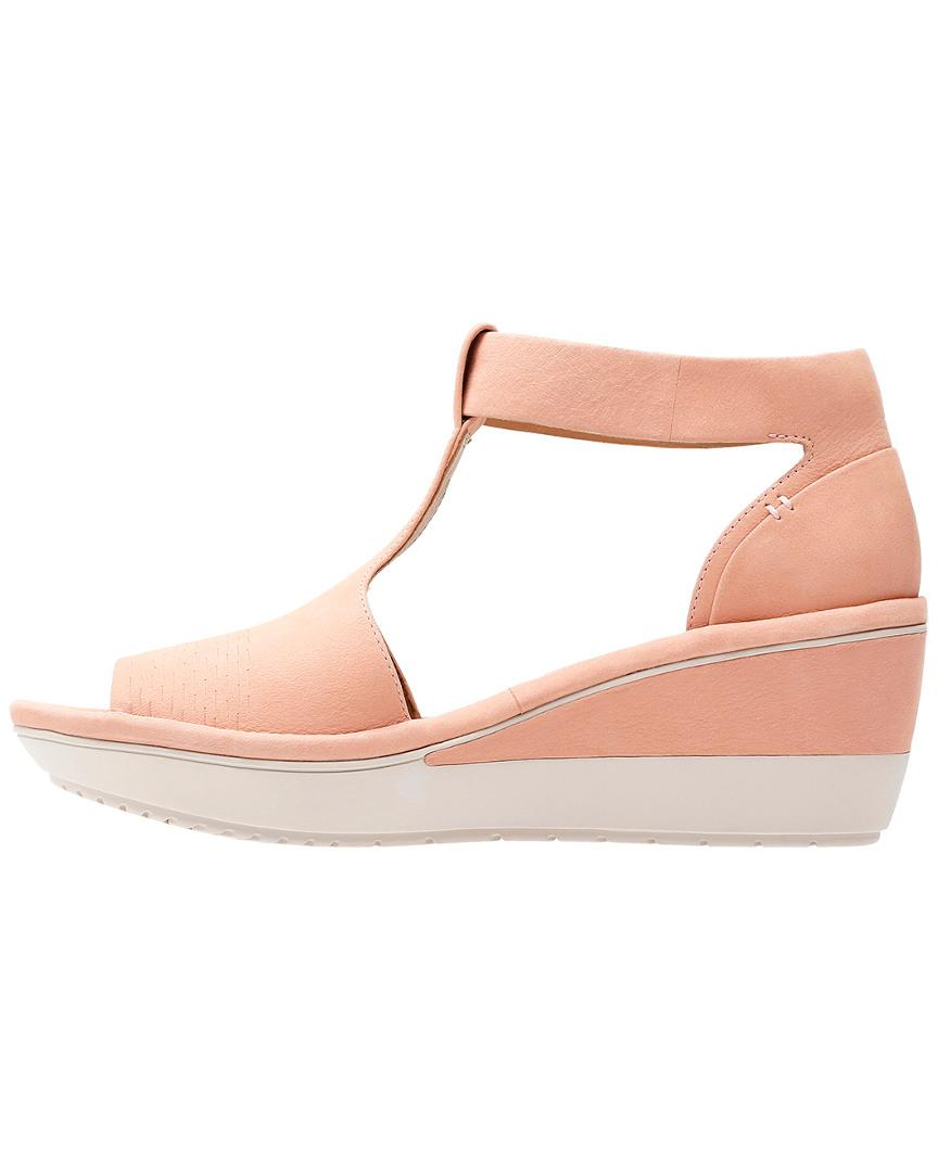 0acc5e8f8 Clarks Wynnmere Avah Wedge Sandal in Pink - Lyst