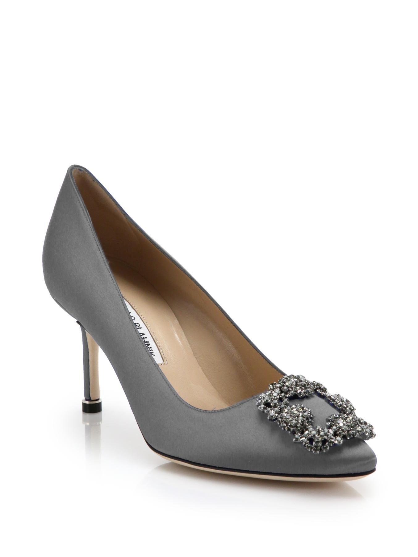 Manolo Blahnik Embellished Alligator Pumps buy cheap Inexpensive free shipping outlet store cheap sale 2015 new cheap sale low price FPNCg