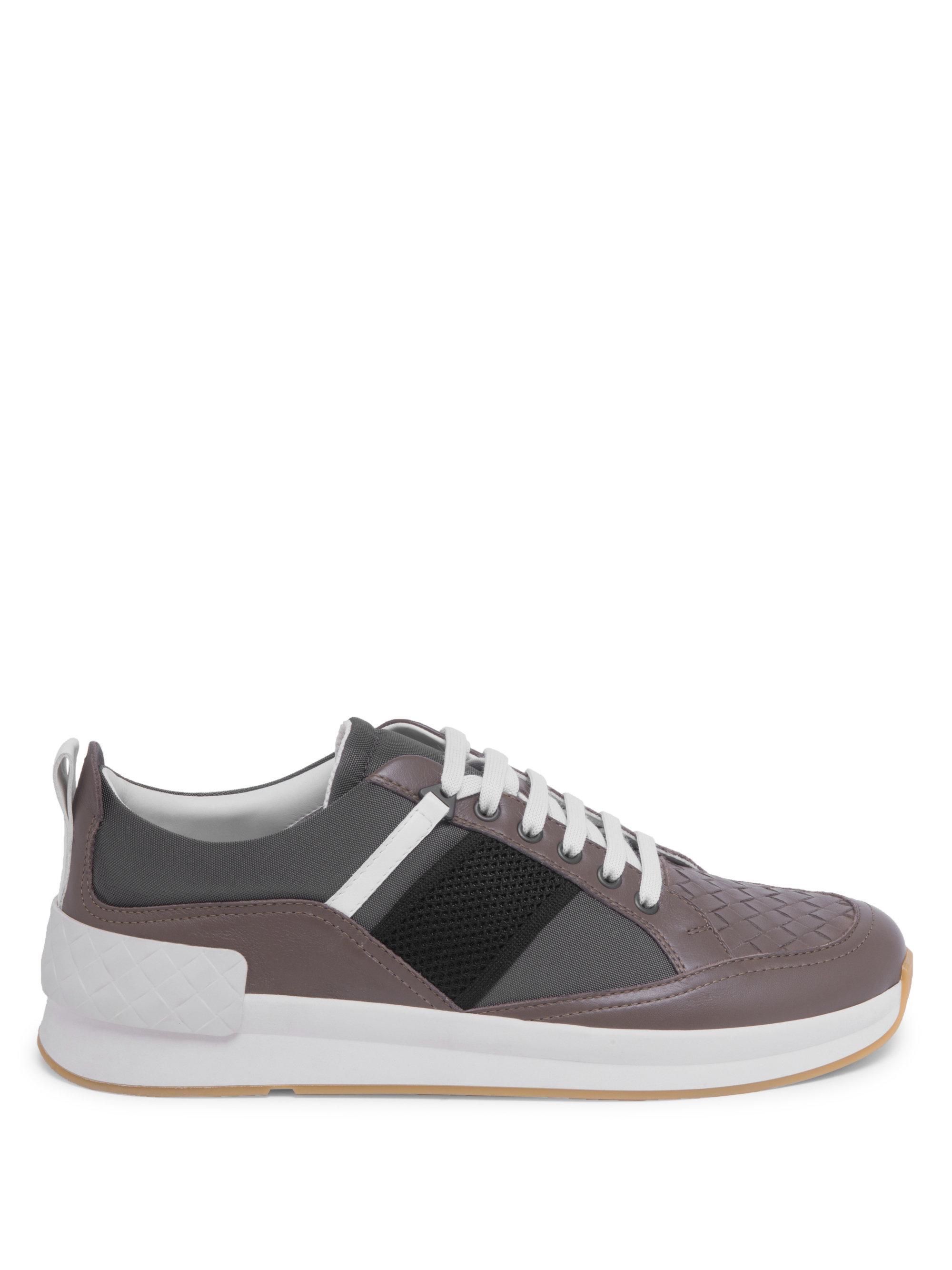 Bottega Veneta Side Stripe Leather Low-Top Sneakers di4P1e2pnt