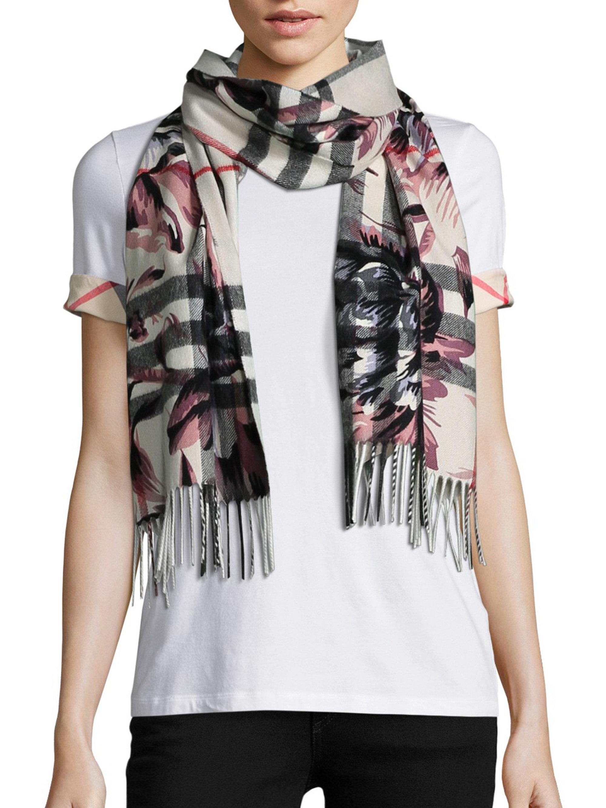 9d09b5fd69544 Burberry Peony Rose-print Giant Check Cashmere Scarf - Lyst