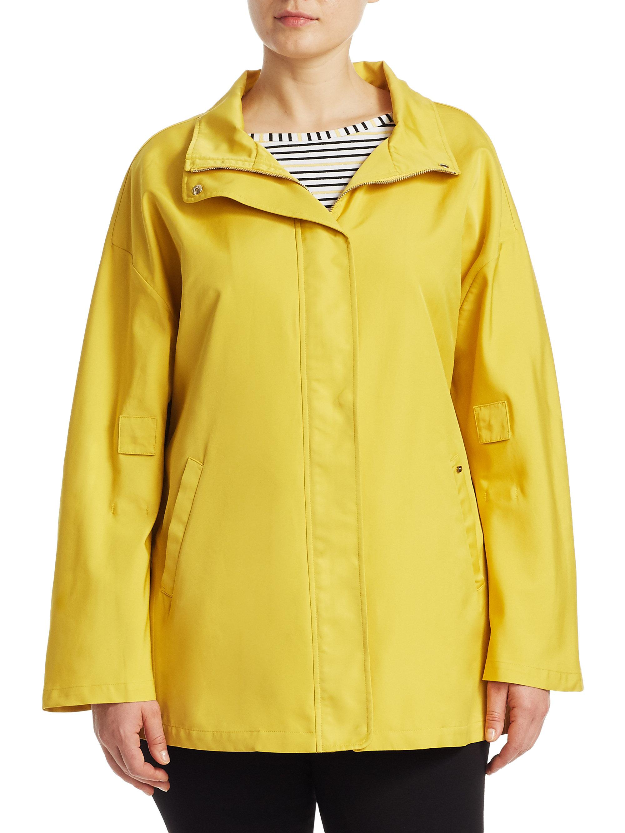 68f7fe2fc6e Gallery. Previously sold at  Saks Fifth Avenue · Women s Rain Coats Women s  Hooded ...