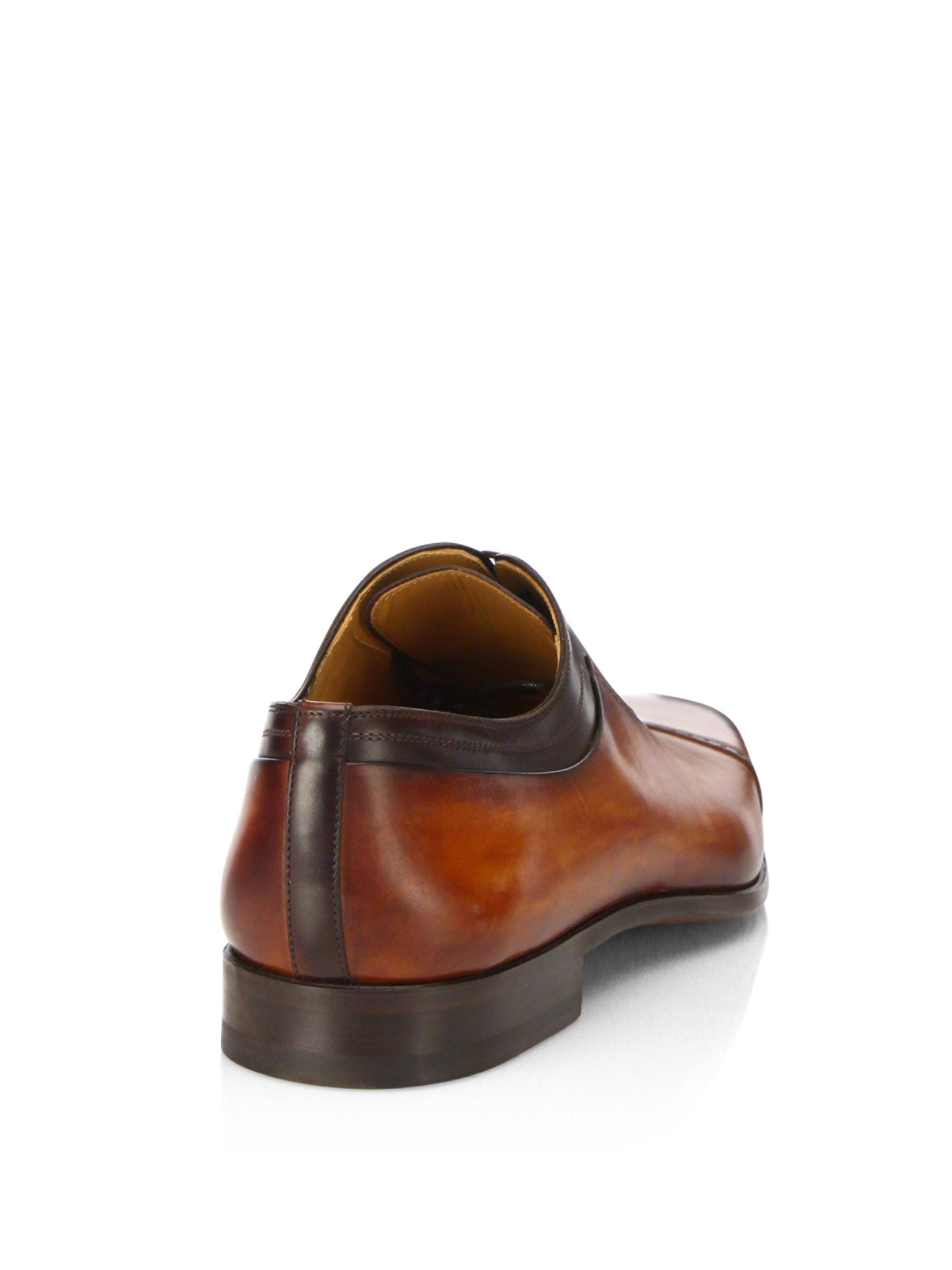 Saks Fifth AvenueCOLLECTION BY MAGNANNI Leather Oxfords