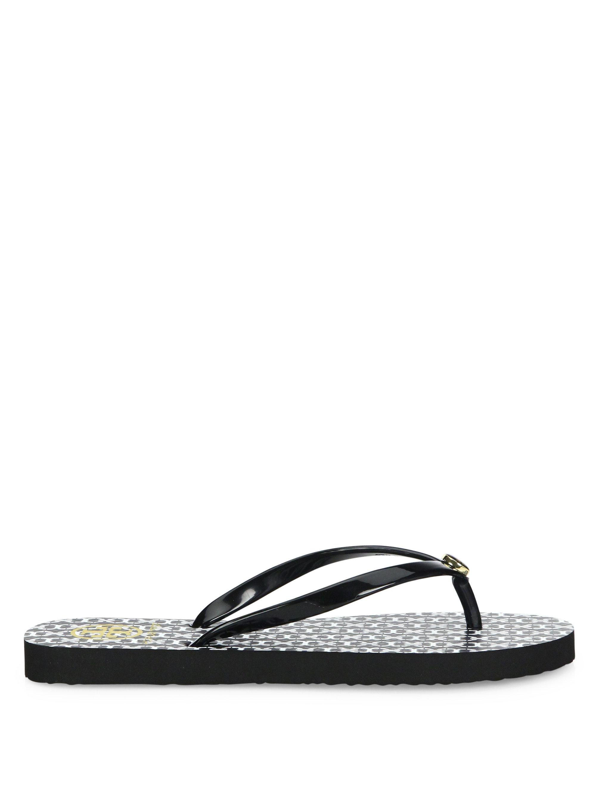 365cc856a85 Tory Burch Thin Gemini Link Flip Flops in Black - Lyst