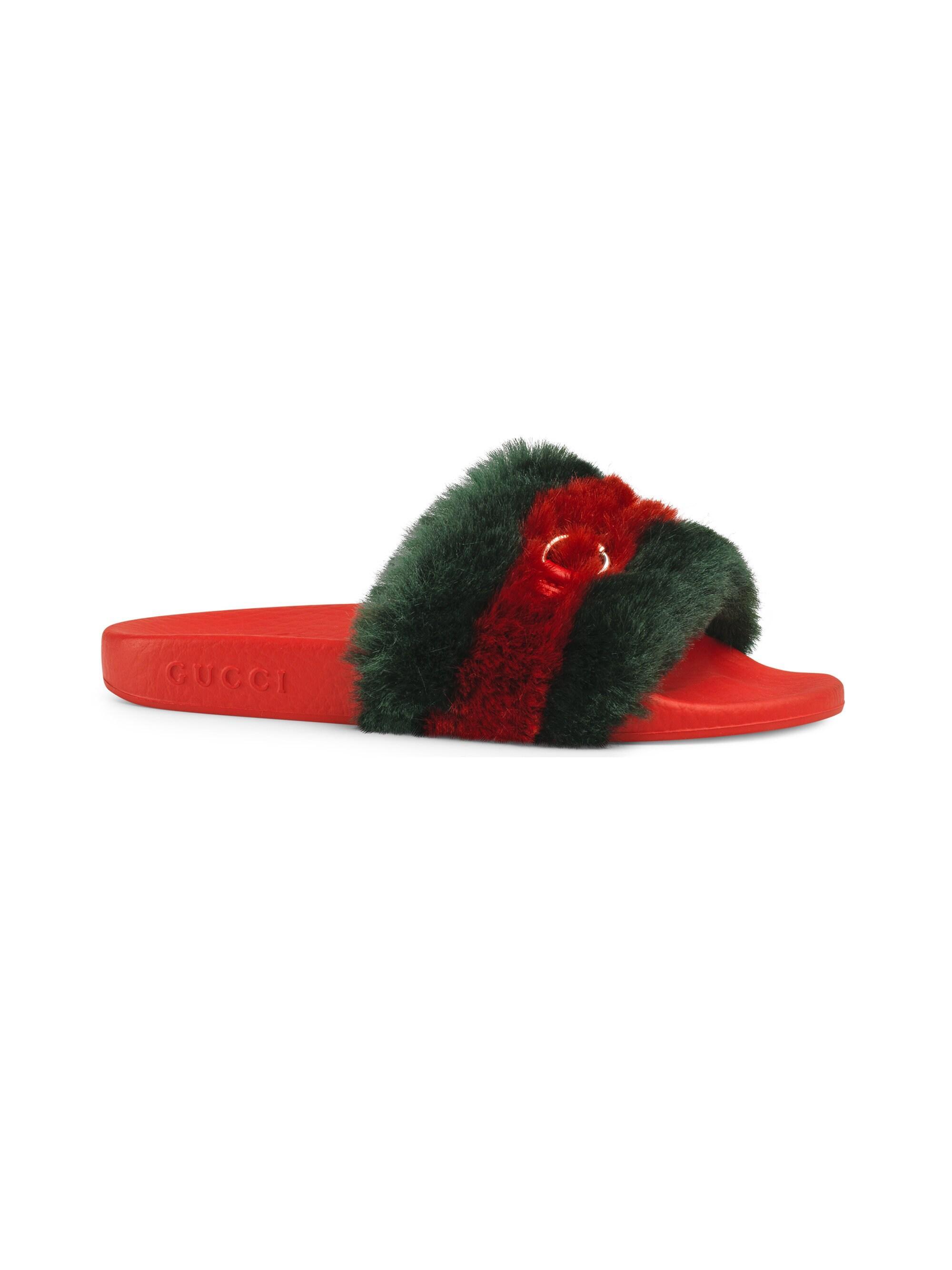 59de56c272e Lyst - Gucci Girl s Pursuit Faux Fur Slide Sandals in Red