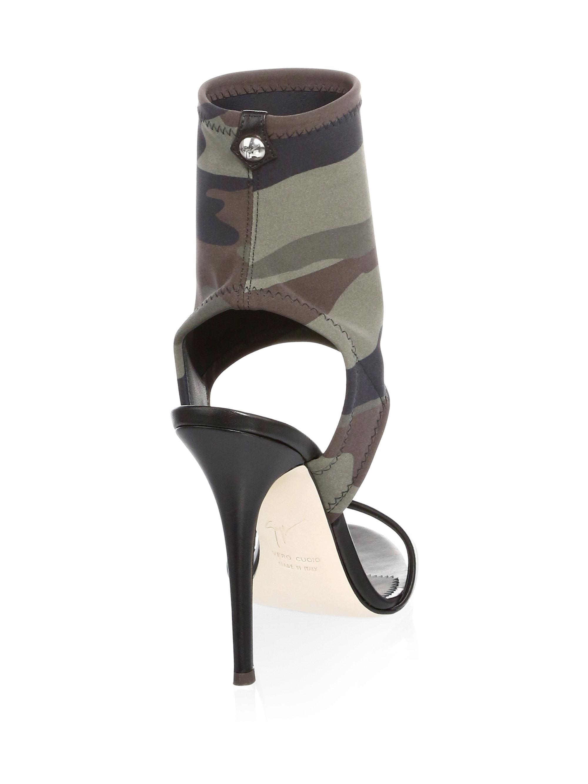 Giuseppe Zanotti Camo-Print Leather Sock Sandals 2rmmLqX