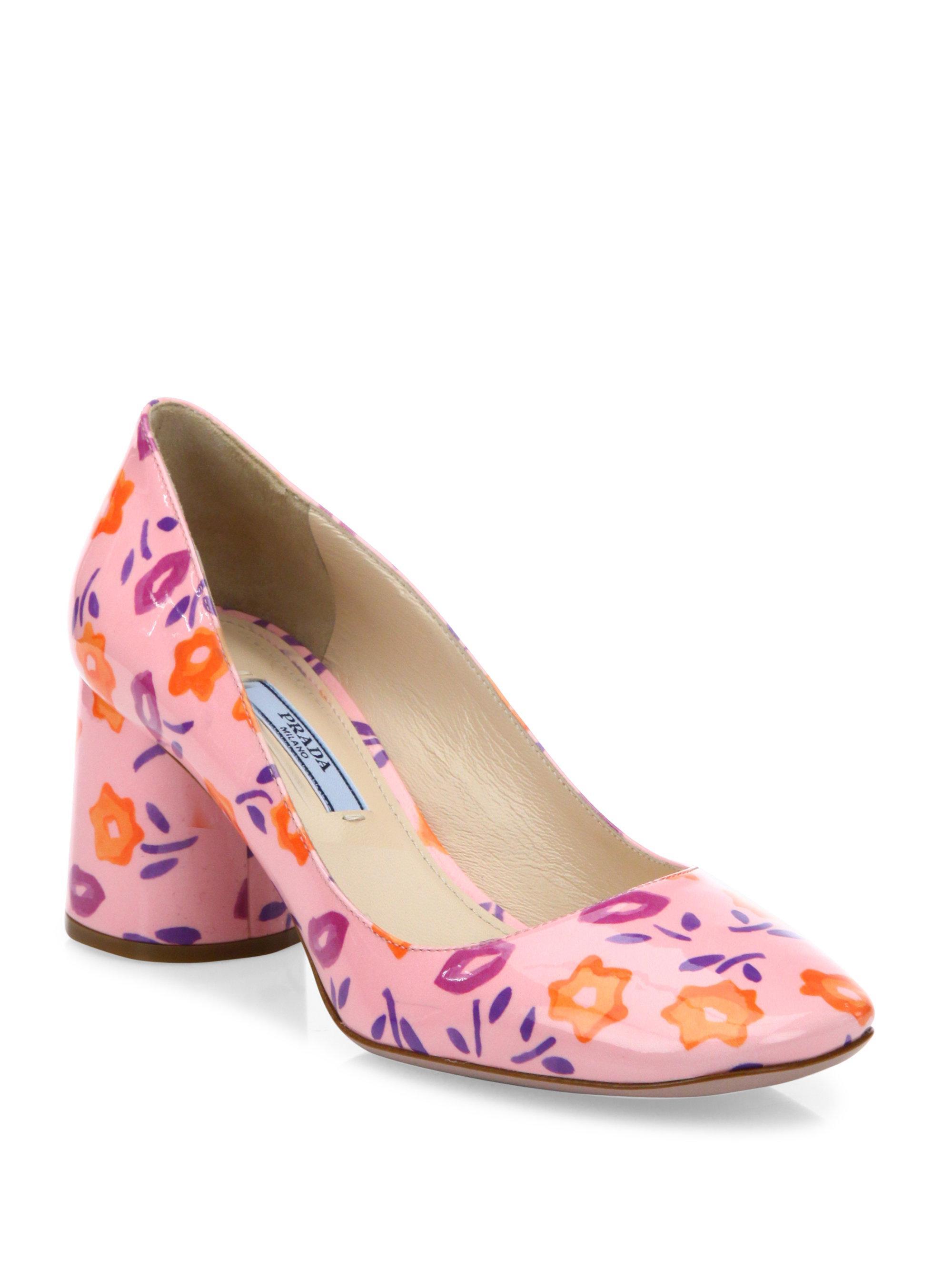 Lyst Prada Flower Print Patent Leather Block Heel Pumps In Pink