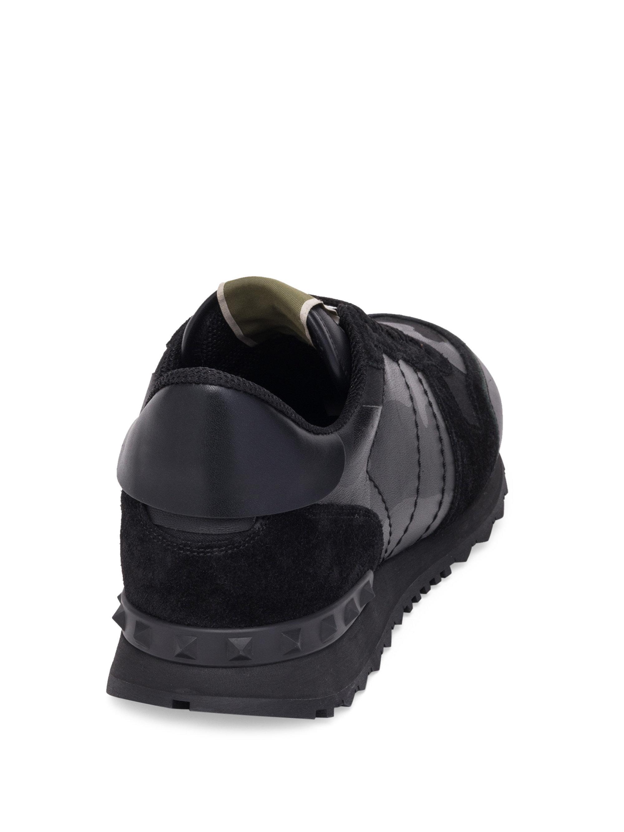 Valentino Noir Camo Rockstud Sneakers 6ZGUWungy